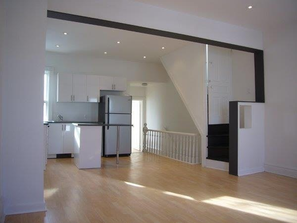 House For Rent Unit Upper, 470 Brock Ave, M6H3N3, Dufferin Grove, Toronto
