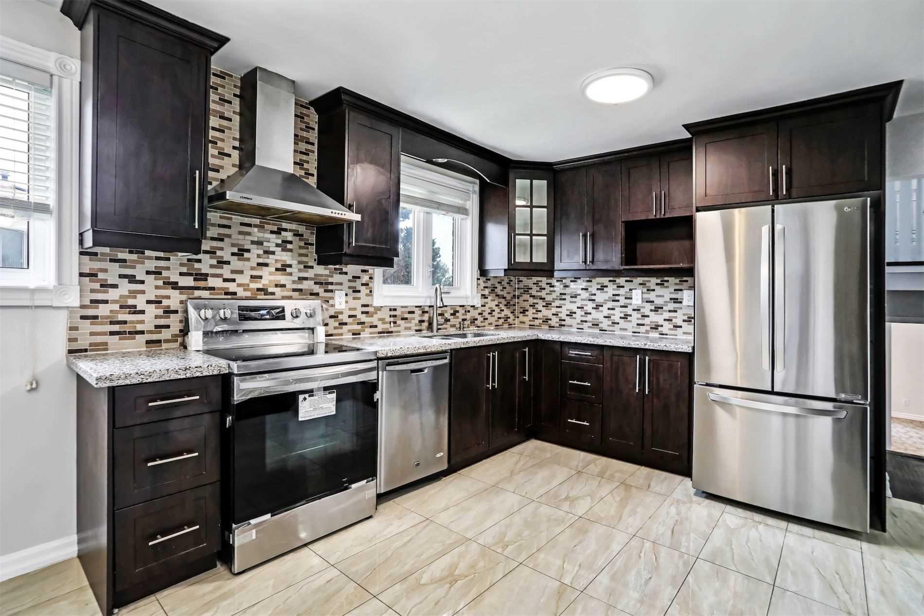 House For Sale 16 Kingsdown Dr, M1K3B8, Ionview, Toronto