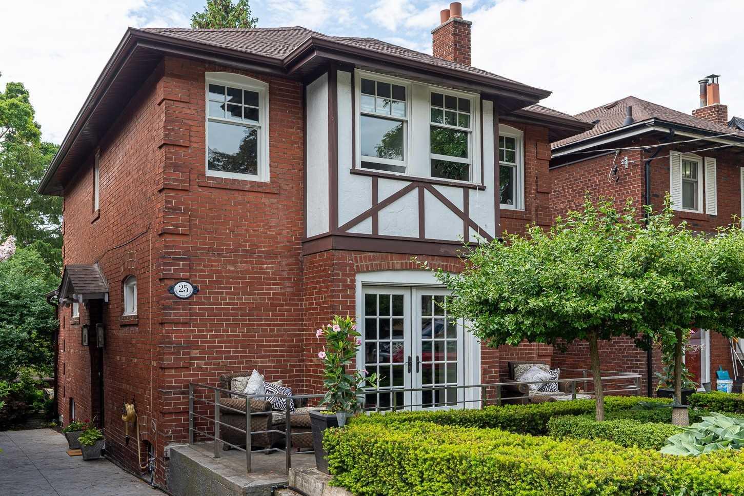 House For Sale 25 Cavendish St, M4E1N9, The Beaches, Toronto