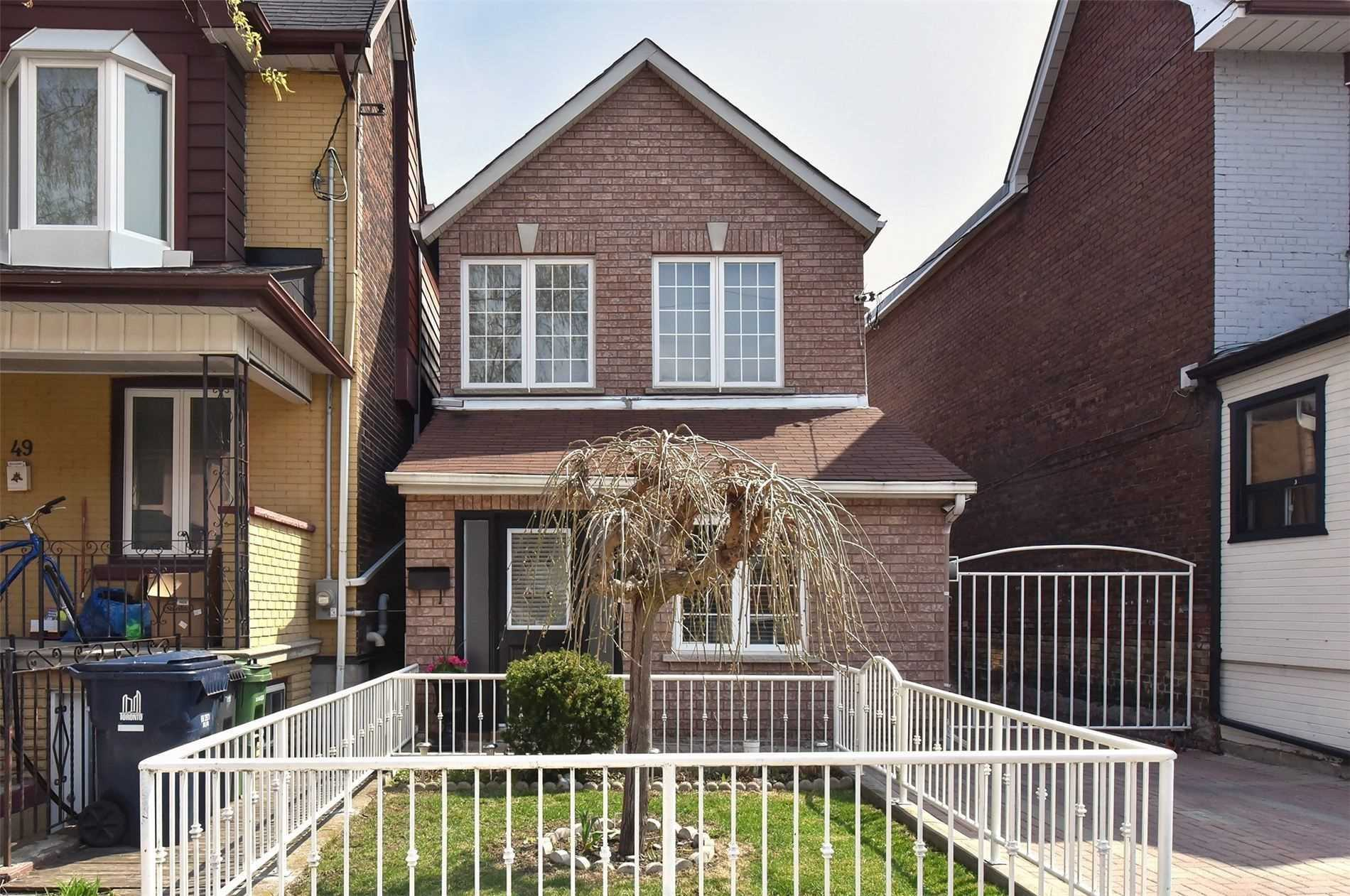 House For Sale 51 Burnfield Ave, M6G1Y4, Dovercourt-Wallace Emerson-Junction, Toronto