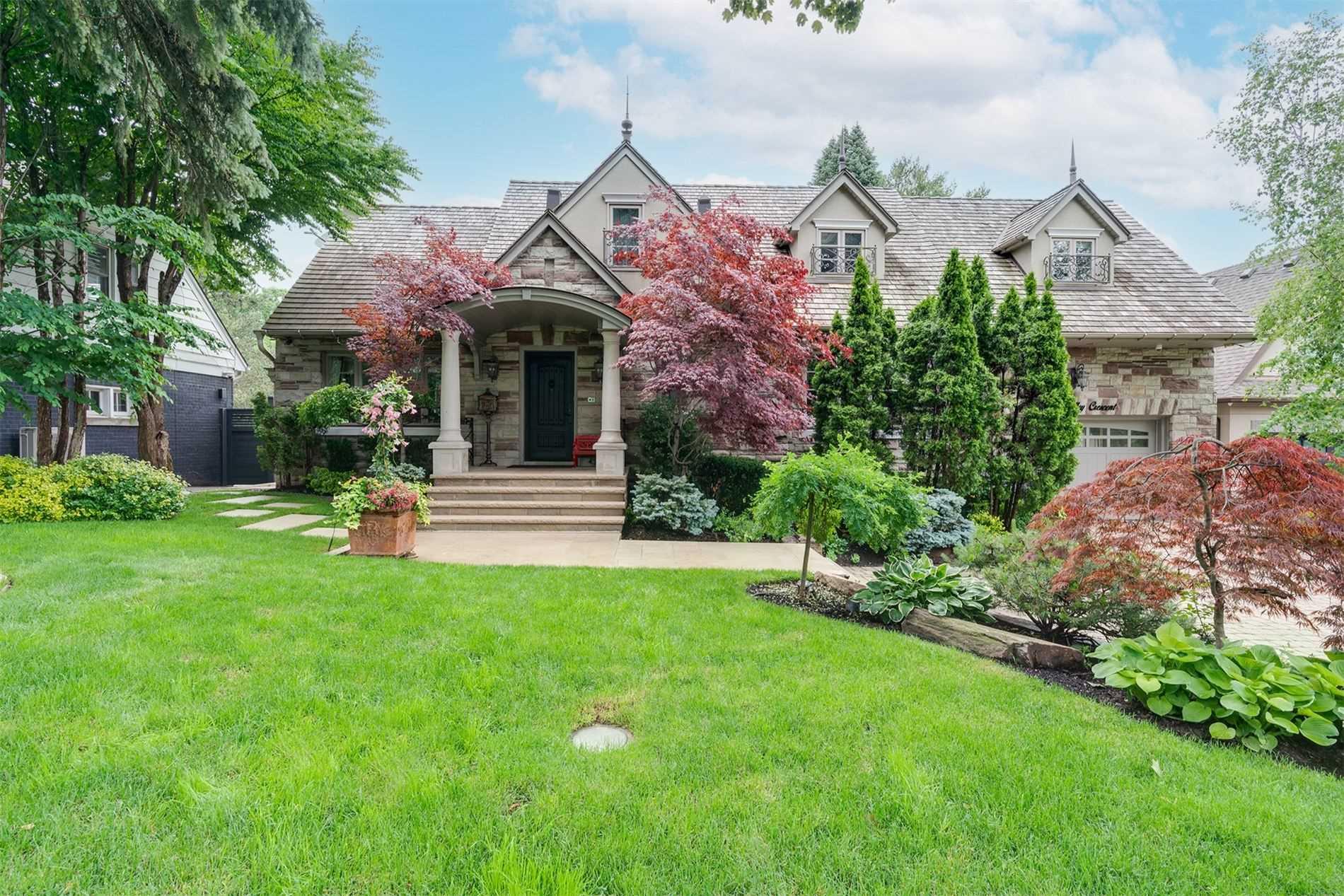 House For Sale 8 Ridgevalley Cres, M9A3J6, Edenbridge-Humber Valley, Toronto